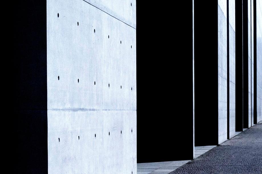 Title # 4763 / Paul-Löbe-Haus, Berlin   Medium Digital Photography   Size 150 x 100 cm